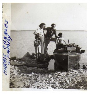 Harris Charles family, 1949.jpg
